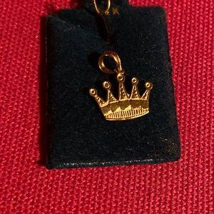 14k gold crown charm/pendant
